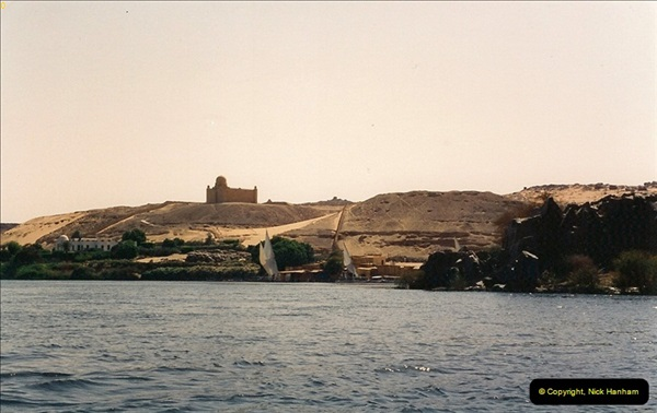 1994-08-02 to 16 Egypt. Then back to Aswan.  (290)290
