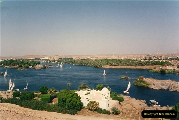 1994-08-02 to 16 Egypt. Then back to Aswan.  (293)293