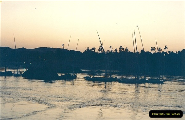 1994-08-02 to 16 Egypt. Then back to Aswan.  (298)298