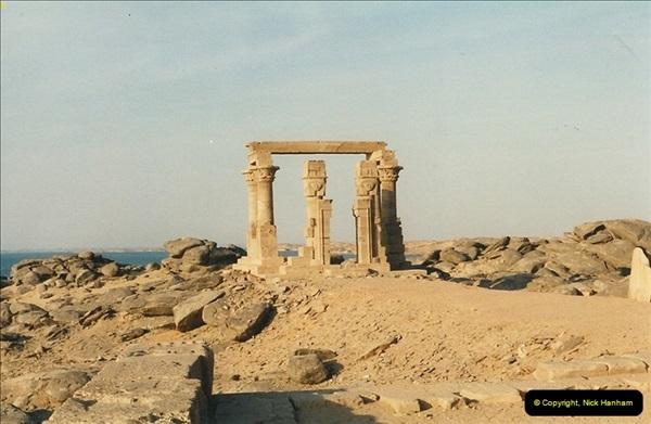 1995-07-18 New Kalabsha, Aswan.  (12)013