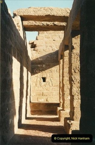 1995-07-19 At Wadi El Seboua on Lake Nasser, Nubia.  (10)029