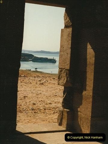 1995-07-19 At Wadi El Seboua on Lake Nasser, Nubia.  (16)035