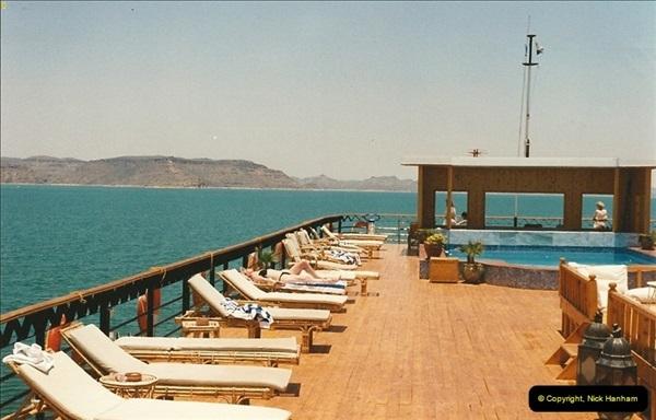 1995-07-19 At Wadi El Seboua on Lake Nasser, Nubia.  (19)038