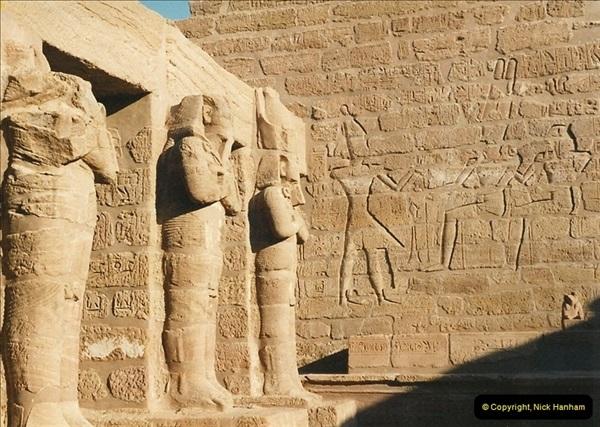 1995-07-19 At Wadi El Seboua on Lake Nasser, Nubia.  (7)026