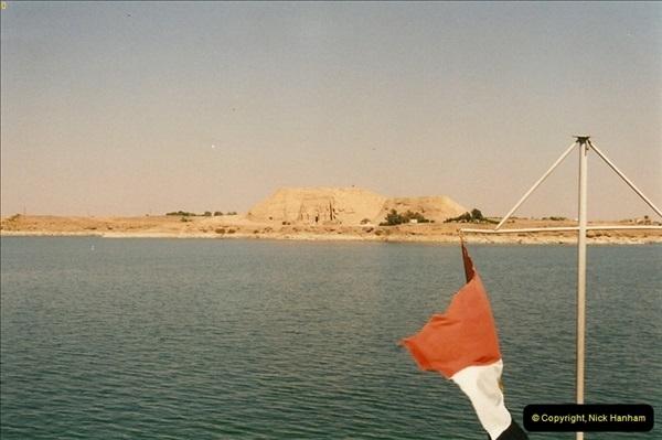 1995-07-20 Abu Simbel, Lake nasser, Nubia.  (1)051