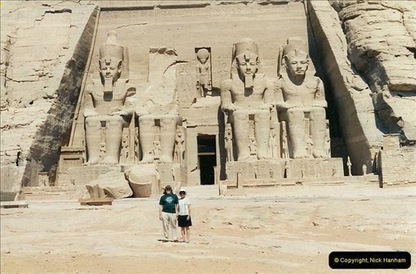 1995-07-20 Abu Simbel, Lake nasser, Nubia.  (12)062