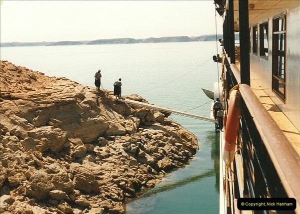 1995-07-20 Abu Simbel, Lake nasser, Nubia.  (14)064