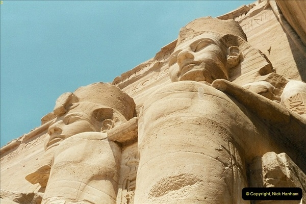 1995-07-20 Abu Simbel, Lake nasser, Nubia.  (24)074