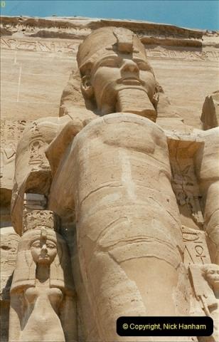 1995-07-20 Abu Simbel, Lake nasser, Nubia.  (27)077