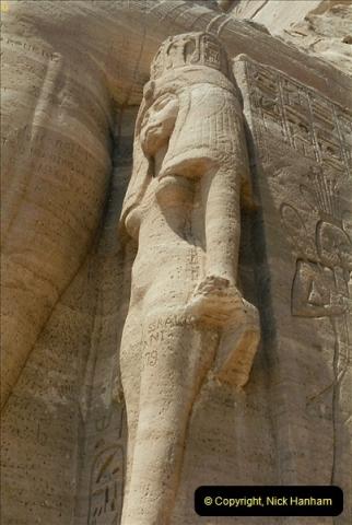 1995-07-20 Abu Simbel, Lake nasser, Nubia.  (30)080