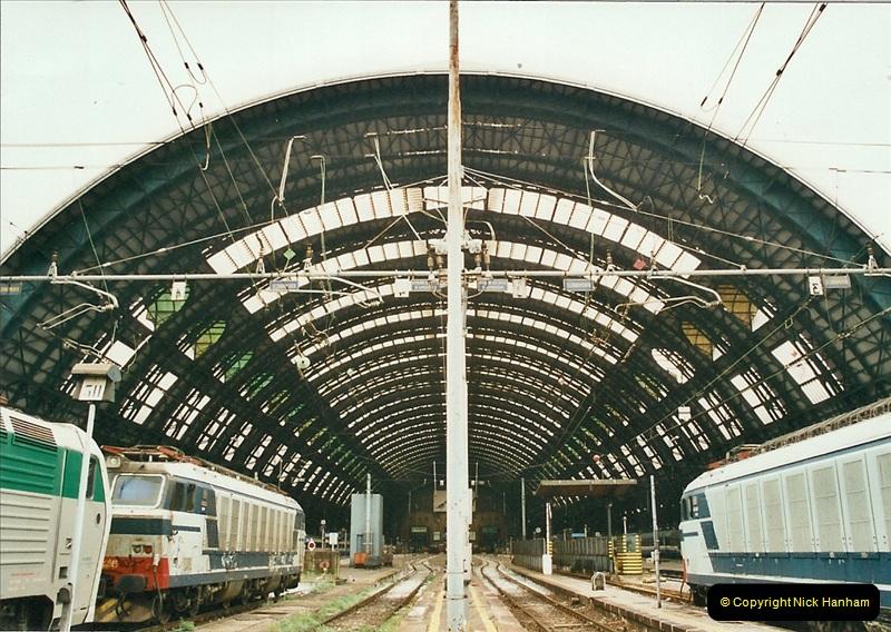 27 April to 06 May 2002  (146)01