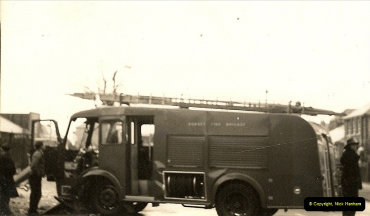 1960 (7) Bedford Fire Engine in trouble Ringwood Road, Parkstone, Dorset. 029