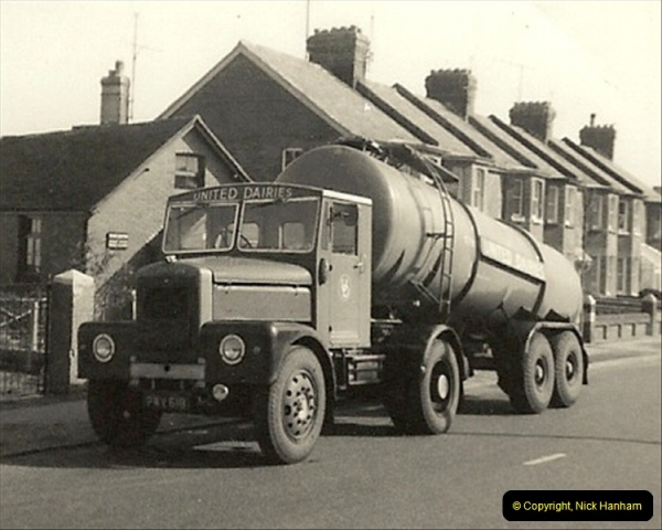 1963 (77) United Dairies Scammell @ Dorchester, Dorset.  What a super outfit.126