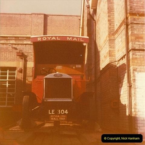1976 (1) Replica 1910 Mail Van @ Bournemouth Sorting Office. 238