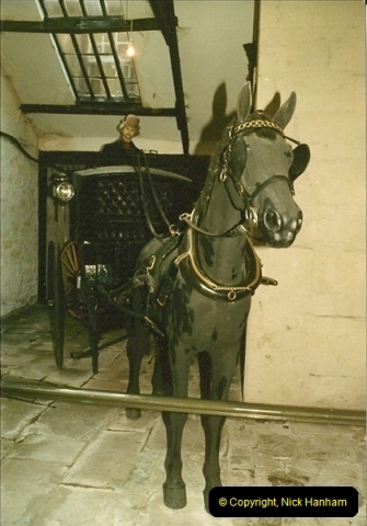 1984-02 Bath Coach Museum, Bath, Somerset.  (6)298