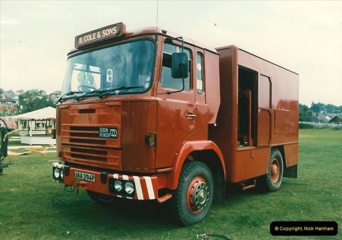 1985 September 12. Alder Road, Parkstone, Poole, Dorset.  (11)339
