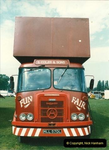 1985 September 12. Alder Road, Parkstone, Poole, Dorset.  (2)330
