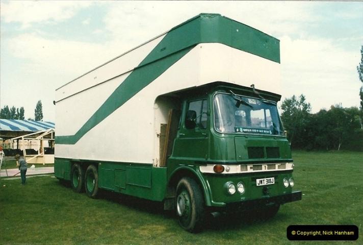 1985 September 12. Alder Road, Parkstone, Poole, Dorset.  (7)335
