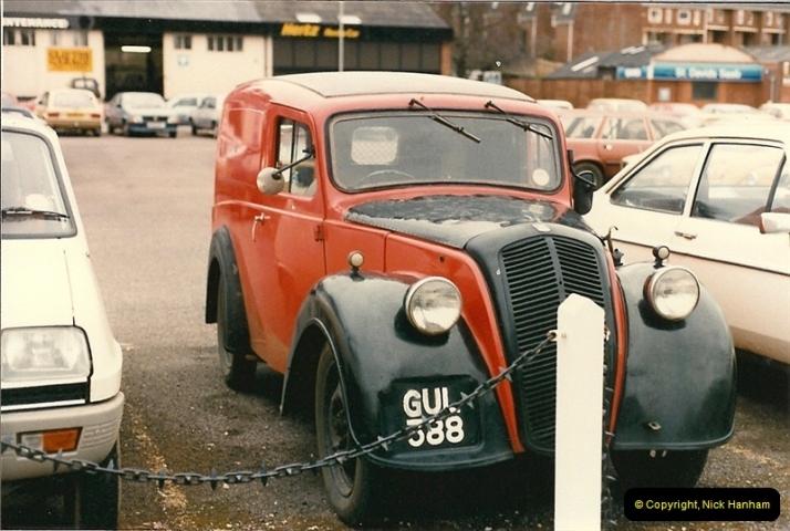 1986-03-22 Exeter, Devon. Ex. Morris Royal Mail Van.341