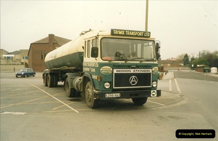 1989-05-16 Warminster, Wiltshire.  (3)438