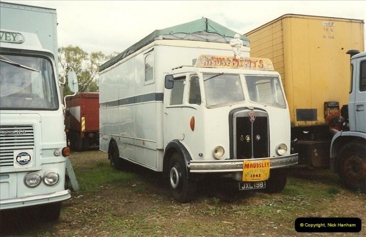 1989-09-03 Hoddesdon, Hertfordshire.  (14)453