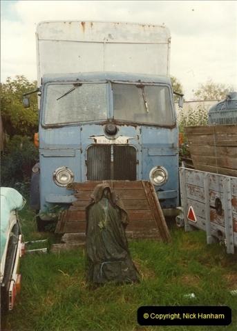 1989-09-03 Hoddesdon, Hertfordshire.  (17)456