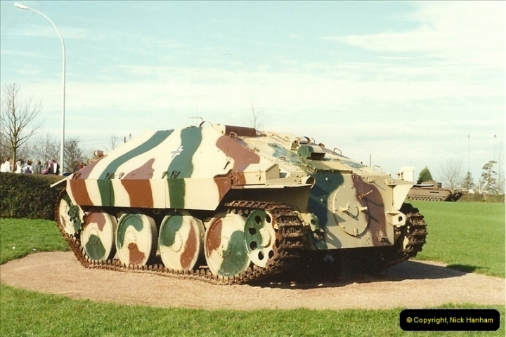 1990-02-20. Arromanches, France.  (1)475