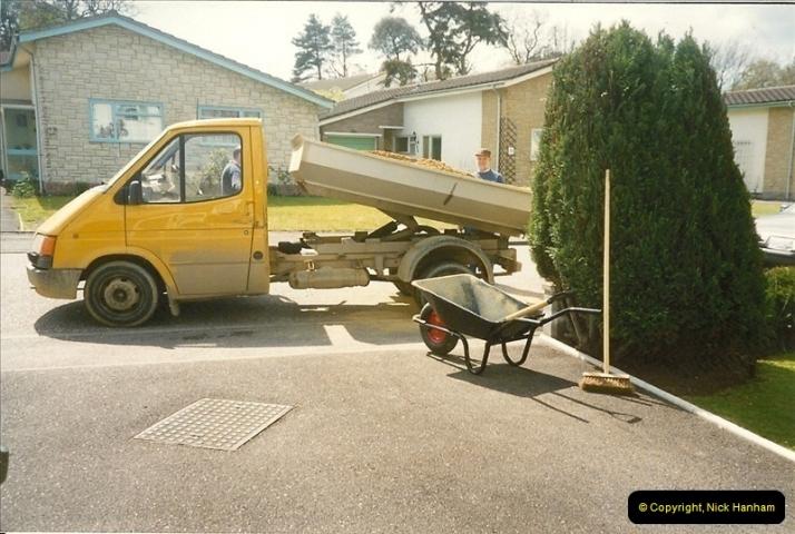 1990-04-13. Poole, Dorset.480