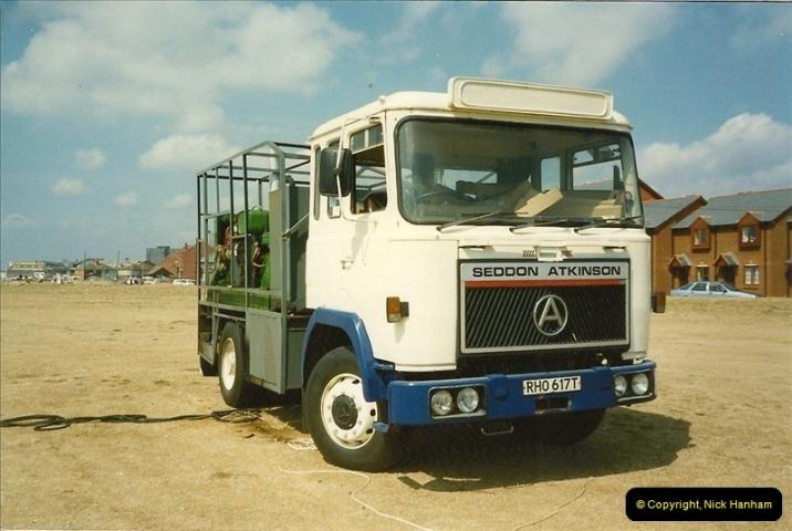 1990-08-12 Poole, Dorset.  (1)483