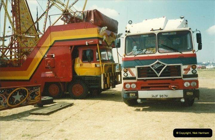 1990-08-12 Poole, Dorset.  (4)486