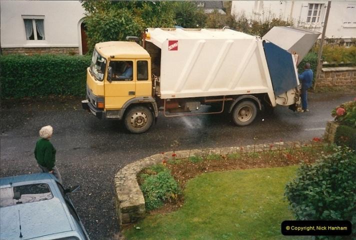 1991-11-02 Locquenole, Morlaix, France.  (1)506