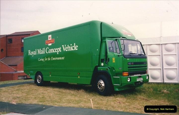 1992-05-28 Milton Keynes, Buckinghamshire.  Post Office Exhibition.  (1)513