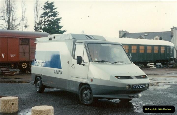 1992-10-28 Morlaix, France.  (2)540