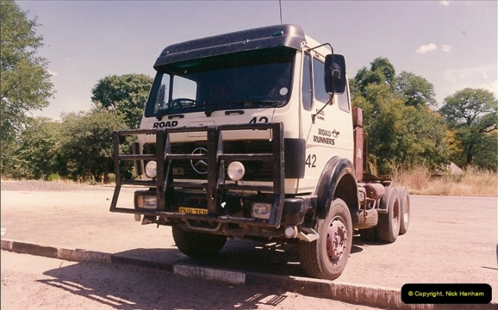 1994-04-08 Victory Falls, Zimbabwe.584