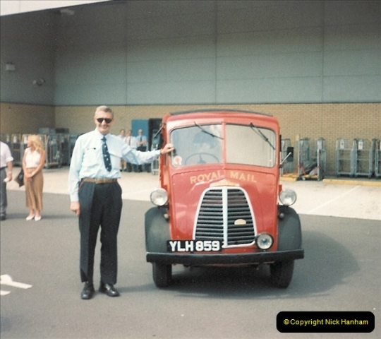 1961 to 2000 Royal Mail mostly Bournemouth & Poole. Your Host & MANY good friends.  (221) 242