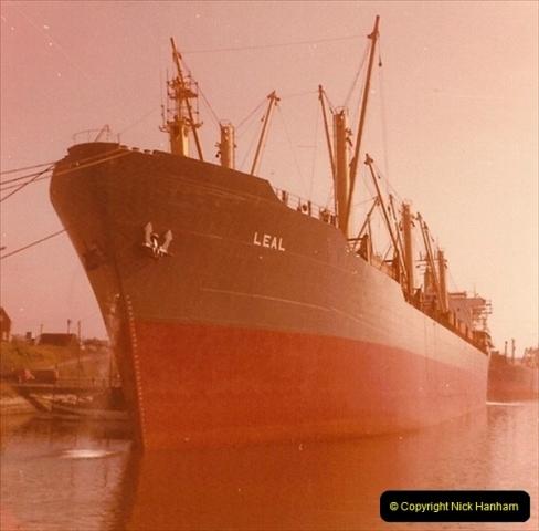 1976-05. Barry, Glamorgan.026