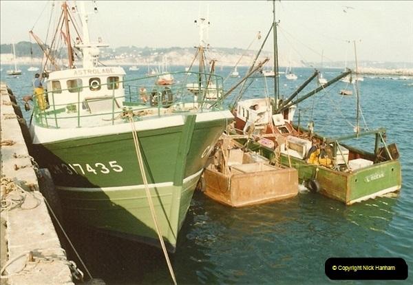 1983-10-28 Morgat, France.  (4)080