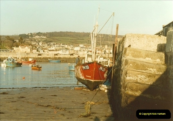 1983-12-06. Lyme Regis, Dorset.087
