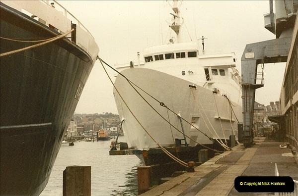 1984-12-02 Weymouth, Dorset.  (1)096