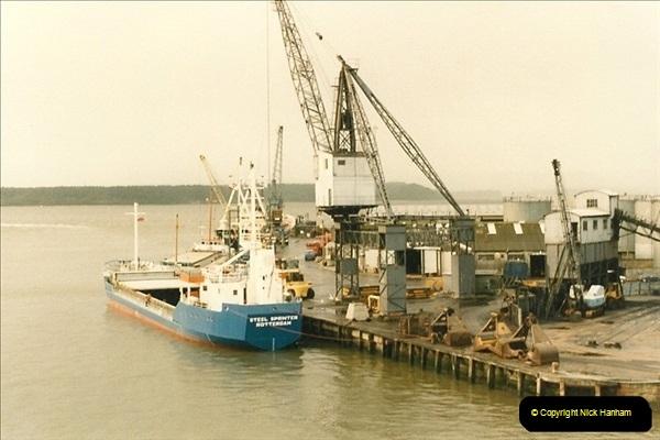 1985-09-03 PooleQuay, Dorset.  (7)114