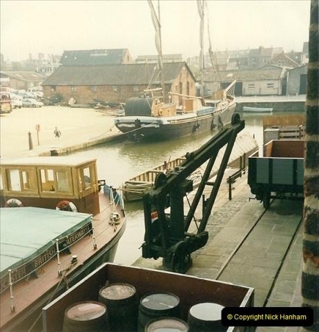 1989-04-14 Gloucester Docks, Gloucestershire. (2)166