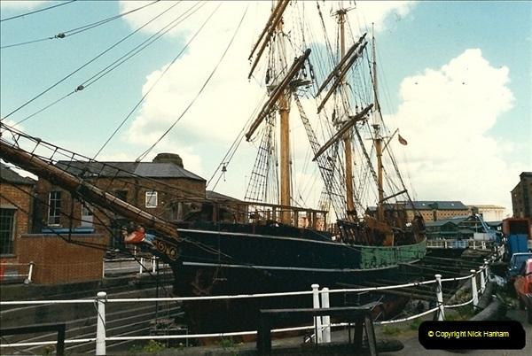 1989-04-14 Gloucester Docks, Gloucestershire. (3)167