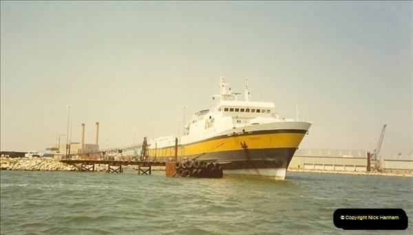 1989-07-07. Poole Quay, Dorset.  (0)170