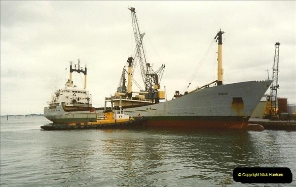 1989-07-07. Poole Quay, Dorset.  (3)173