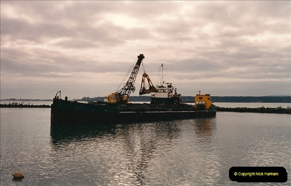 1992-01-12 Poole Quay, Dorset.200