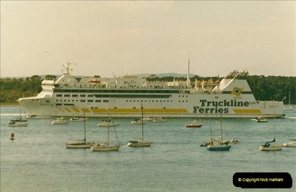 1993-09-04 Poole Harbour, Poole, Dorset.  (3)218