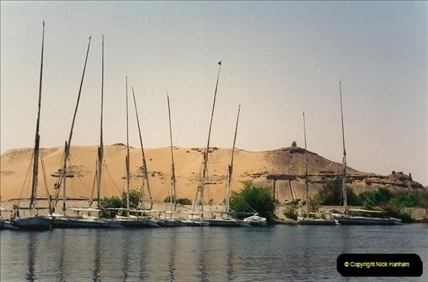 1994-08-08 to 15-08. Luxor, The Nile & Aswan, Egypt.  (8)244
