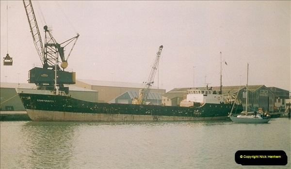 1994-12-17 Poole Quay, Dorset.266