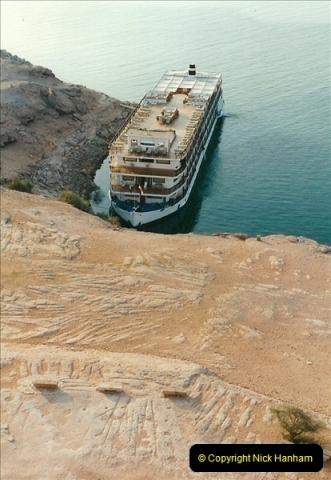1995-07-17 to 24-07. Aswan, Lake Nasser, Abu Simbel, Aswan (15)308