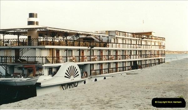 1995-07-17 to 24-07. Aswan, Lake Nasser, Abu Simbel, Aswan (4)297